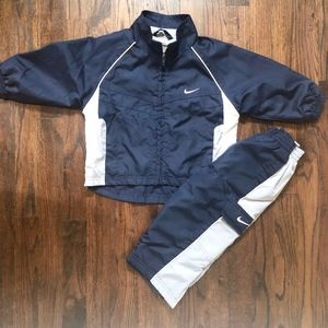 Nike boys navy pants and jacket Outfit 2T